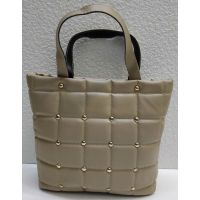 Женская стёганая сумочка с заклёпками (тёмно-бежевая) 21-04-003
